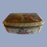 Vintage Dresser Box with Romantic Fragonard Lid