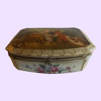 Vintage Dresser Box with Romantic Fragonard Lid