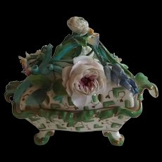 Early 19th Century English Floral Encrusted Potpourri