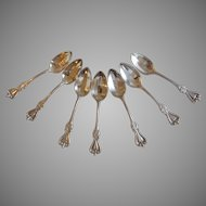 Group of 7 Towle Old Colonial Sterling Silver Teaspoons