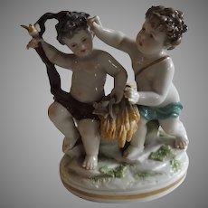 Beautiful 19th Century Figurine of Putti