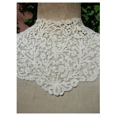 19th Century Belgian Rosaline Perlee hand made lace collar