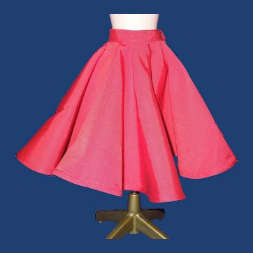 "Madame Alexander 20"" Cissy doll red Faille skirt - HTF"