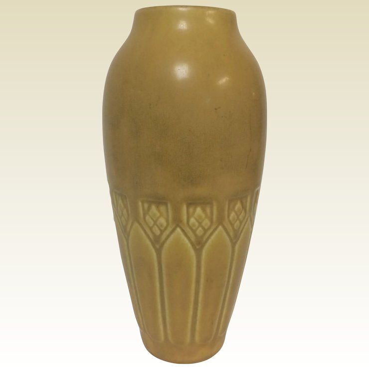Circa 1920 Rookwood Pottery Vase In Yellow Mustard Glaze Ardesh