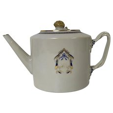 Antique 18th Century Chinese Porcelain Armorial Teapot