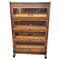 Nice Original Globe Wernicke Grade 299 Tiger Oak 4 Stack Barrister Bookcase
