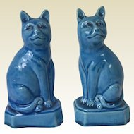 Pair of Chinese Porcelain Statue Republic Period Turquoise Cats Figurines