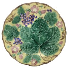Antique Majolica Plate Decorated W/ Grape Leaf Wedgwood