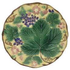 Antique Majolica Plate Decorated W/ Grape Strawberry Leaf Wedgwood