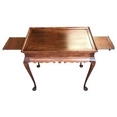 Eldred Wheeler Cherry Nantucket Tea Table