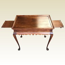 Eldred Wheeler Cherry Nantucket Tea Table