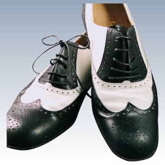 SALE! Vintage 1960s Salvatore Ferragamo Bolgheri Spectator Oxford Saddle Colorblock Shoes