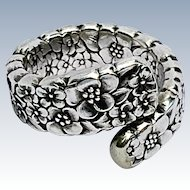 Vintage 1847 Rogers Love Floral Repousse Spoon Ring