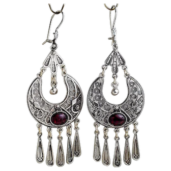 Sterling Silver filigree Earrings with Garnets