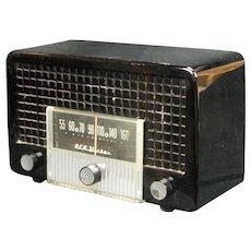 1954 RCA AM Radio Model 5X560