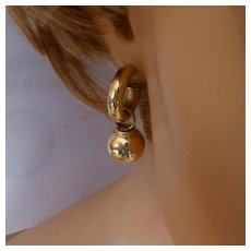 GOLD Large Ear Ring with detachable Bead