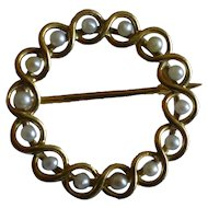 Victorian 18k real / natural Seed Pearl Brooch