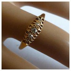 1917 18k 5 stone Diamond Ring