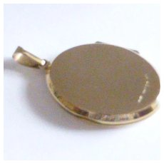 Heavy weight large oval GOLD Locket