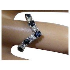 Wishbone style white Gold ring