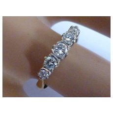 Very traditional & classic 5 Stone Diamond Ring