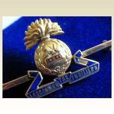 Fine ENGLISH Regimental Gold Brooch