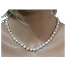 Large 8 1/2mm- 9 1/2mm fine Couture row of fine Pearls