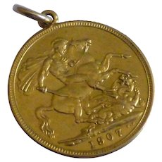 A FULL 1907 English Gold Sovereign that OPENS