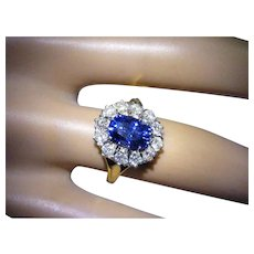 The finest natural Sri Lanka Sapphire & Diamond cluster ring.