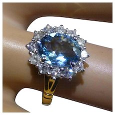 A very Fine rich Powder Blue & Diamond 18k Ring * * * * *