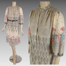 1970s Vintage Dress Border Novelty Print B42