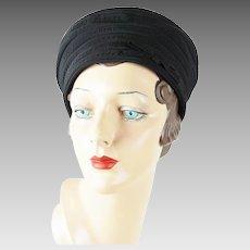 46de7b0ffa6 1950s Vintage Hat Black Grosgrain Unstructured Cap Sz 21 1 2. Alley Cats  Vintage