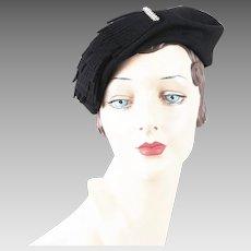 f8d3aa22ef8 1950s Vintage Hat Black Felt Tilt Cocktail w  Clear Rhinestone Brooch by  Jean Allen of. Alley Cats Vintage