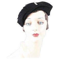 1950s Vintage Hat Black Felt Tilt Cocktail w/ Clear Rhinestone Brooch by Jean Allen of Gage Sz 21