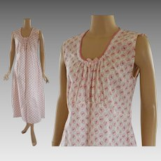 Vintage 1950s NWT Cotton Nightgown Pink Medallions with Rosebuds by Nymphorm Sz 48 B50 VOLUPE