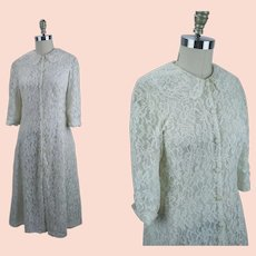 Vanity Fair Lace Dressing Gown, Ivory Lace Robe, Vintage Lace Robe, Sz 34, B34