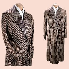 1950s Vintage Mens Robe, Dressing Gown, Brown Patterned Rayon Wrap Robe Chest 42