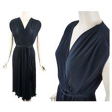 1970s Vintage Dress Black Slinky Crystal Pleated by Leslie Fay Sz M-L