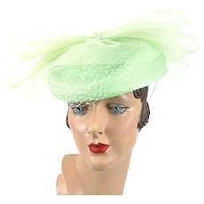 Vintage 90s Church Lady Hat ~ Mint Green Straw and Netting Asymmetrical Derby Style Sz 23