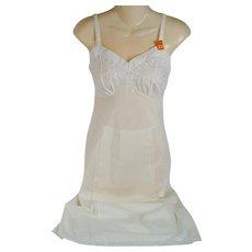 Vintage 1950s Slip Antique White Cotton Embroidered NWT Philmaid SZ 32 B34 W27