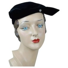 1950s Vintage Hat, Black Velvet Cocktail Close Hat, Toby by Berkshire