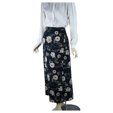 Black and White Floral Midi Faux Skirt, Made in Austria by Geiger, Sz 7, W29