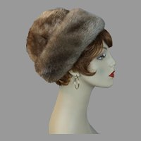 60s Tan Faux Fur Cloche / Turban Hat in Original Hat Box, Size 23