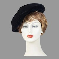 60s Black Velvet Bubble Crown Beret - Montaldos, Size 22