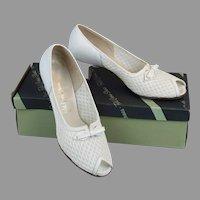 50s White Mesh Heels, Open Toe Pumps by Red Cross in Original Box, Sea Breeze Stepin, Size 7 1/2 AA