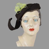 40s Brown Felt Asymmetrical Close Hat by Lazarus Model Size 22