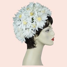 Vintage Daisy Turban Hat, Size 22 1/2