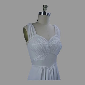 60s White Chiffon and Lace Vanity Fair Nightgown, Size 32