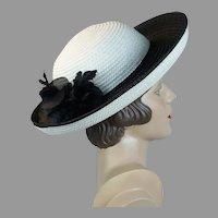 Vtg Frank Olive Black and White Straw Wide Brim Breton Hat, Size 21