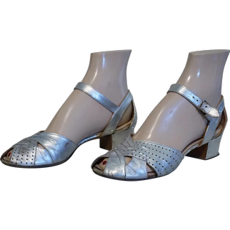 1930s Silver Open Toe Evening Sandals by Middle Towners, Sz 5 1/2